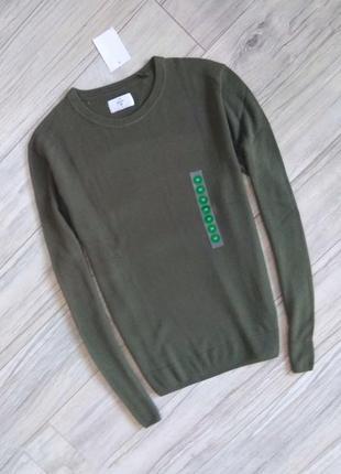 Новый с бирками брендовый мужской пуловер оливкового (хаки) цвета ,м размера.