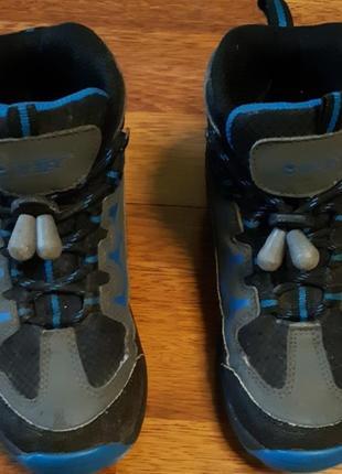 Ботинки демисезонные на мальчика 30 р