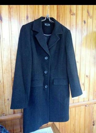 Класичне чорне пальто, классическое черное пальто