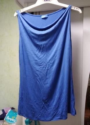 Синяя трикотажная футболка-майка, тонкие лямки, стеклярус