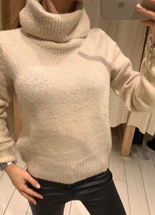 Бежевый свитер с шерстью house есть размеры