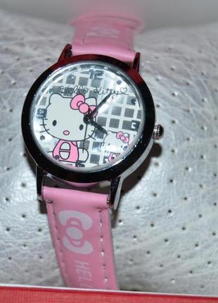Новые часики часы  годинник с китти