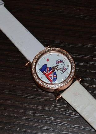 Часики  часы годинник с китти