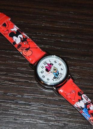Часы часики  годинник с минни маус  для девочки