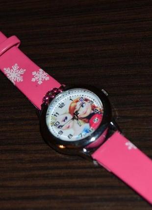Часы часики годинник с эльзойи анной