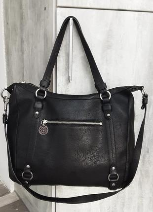 Вместительная кожаная сумка coach
