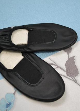 Кожаные чешки\балетки 35 размер италия