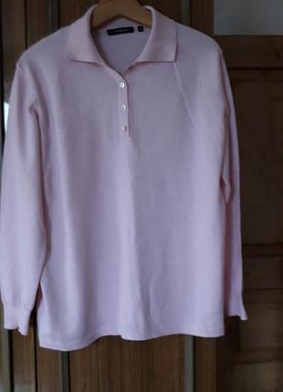 Шикарний фірмовий светрик , 100% шерсть