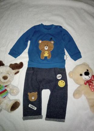 Костюм для хлопчика на 3-6 місяців