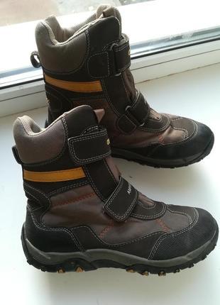 Зимние ботинки geox р.37 цена 650