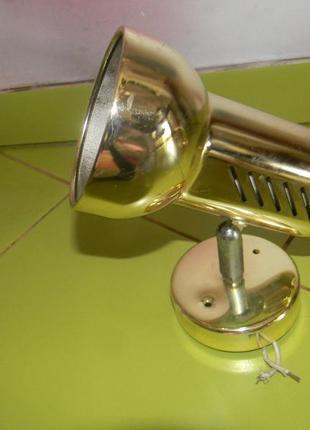 Светильник рефлекторный настенный золото wt 902