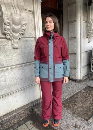 Лыжный костюм o'neill размер m(38) куртка 3999 штаны 3159