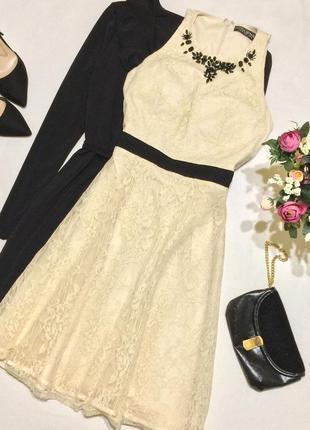 Шикарне мереживне плаття little mistress