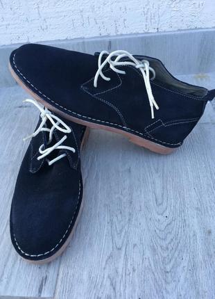 Мужские замшевые ботинки ronzo (осень-весна). размер 41. обували несколько раз