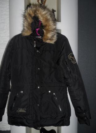 Фирменная термокуртка зима, 46р, в состоянии новой