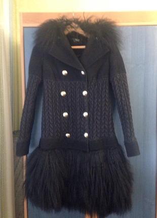 Пальто с натуральным мехом ламы от elisabetta franchi.