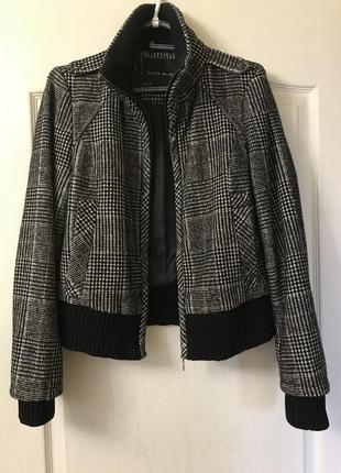 Шерстяная куртка-бомбер zara