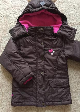 Куртка для дівчинки з капюшоном та колоровими  сердечками,зріст 98см