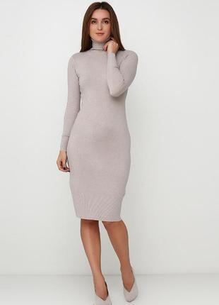 Базовое бежевое кашемировое платье миди