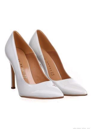 Классические,лаковые свадебные туфли лодочки hongquan