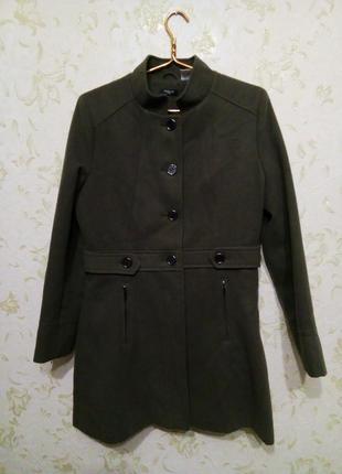 Стильное осеннее пальто цвет хаки 10-12 рр.