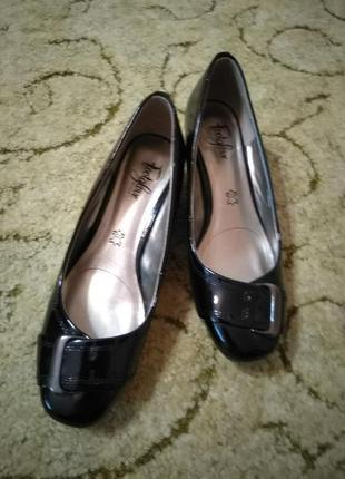 Кожаные (лакированная кожа) туфли footglove