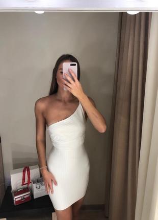 Бандажное мини платье missguided