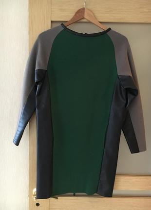 Крутое платье iceberg шерстяное с кожаными вставками