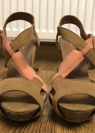 Bershka туфлі