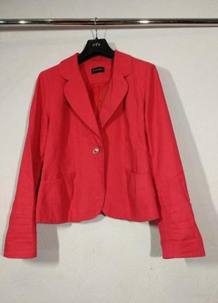 Красный пиджак из льна