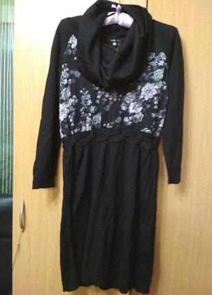 Черное оригинальное платье с вставками