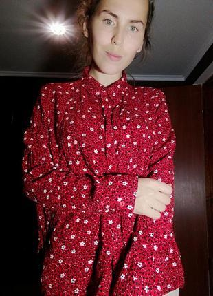 Рубашка блуза в цветы primark красная