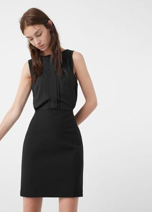 Классическое черное платье с красивой спинкой от mango