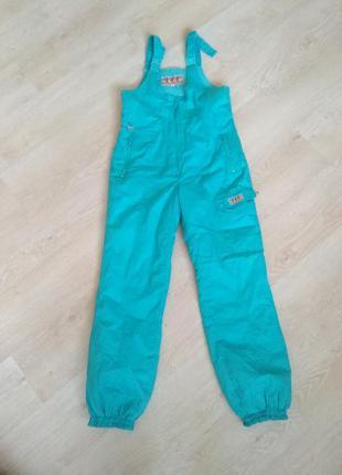 Горнолыжные штаны м-л размер на лямках