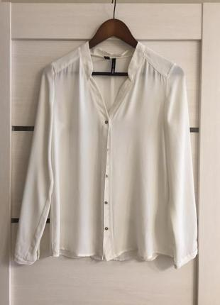 Кремовая стильная блуза
