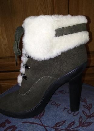 Ботиночки зимние! в носке были пару раз!состояние новых!