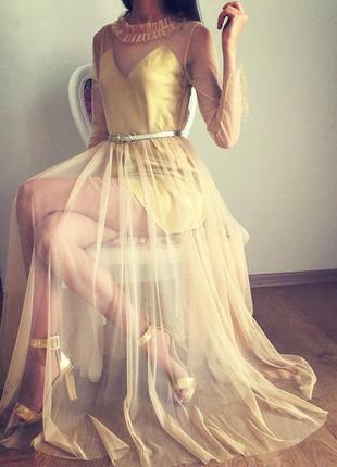 Стильное платье из сетки 2в1