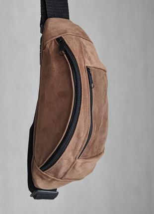 Большая бананка из натуральной кожи, сумка на пояс вместитетльная светло рижий замш