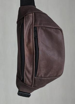 Большая бананка из натуральной кожи, сумка на пояс вместитетльная коричневая кожа нубук