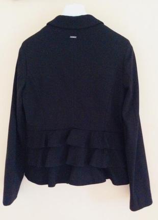 Красивый оригинальный пиджак liu jo. италия 🇮🇹