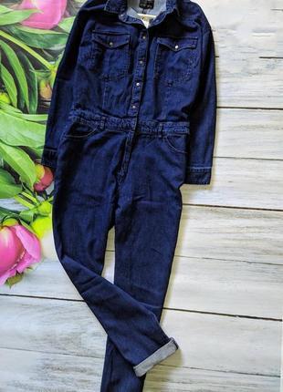 Трендовый джинсовый комбинезон