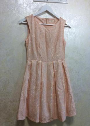 Жіноче коктельне плаття