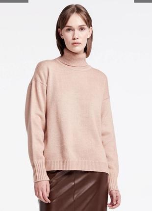 Бежевый теплый свитер оверсайз musthave
