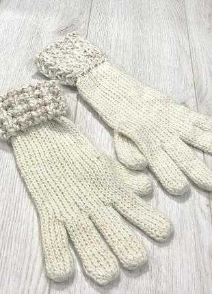 Перчатки с золой нитью