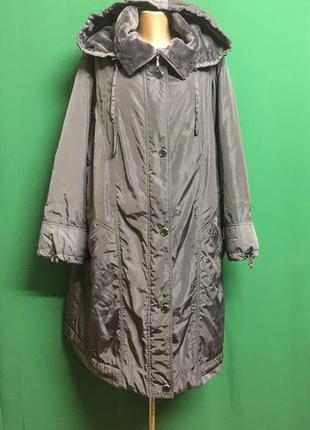 Тёплое длинное демисезонное пальто с капюшоном  на меховом флисе plist
