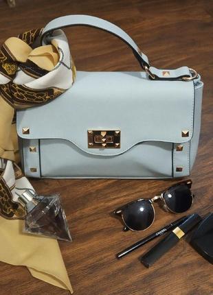 Женская нежная сумочка. небольшая голубая сумка. клатч. стильная сумочка