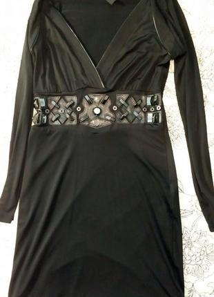 Стильное рок-н-ролльное платье от французского бренда