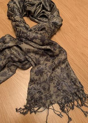 Стильный шарф/платок accessorize c люрексом