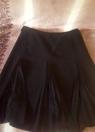Чёрная классическая юбка