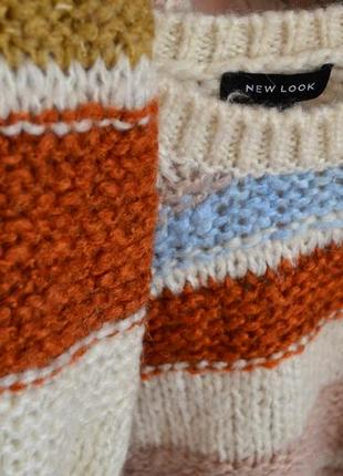 Трендовый объемный свитер актуальной расцветки крупной вязки р.40